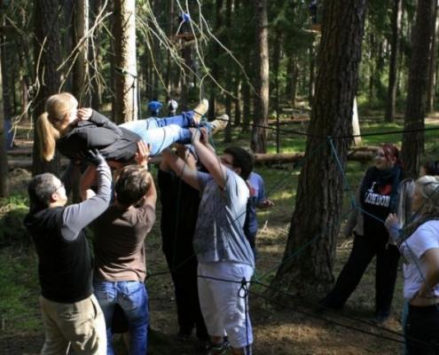 Mit originellen und mitreißenden Teambuilding Ideen gelingt es uns, den Teamgeist zu stärken und die Teilnehmer zu motivieren.